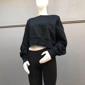FATE (Nordstrom Rack) Black Cropped Sweatshirt